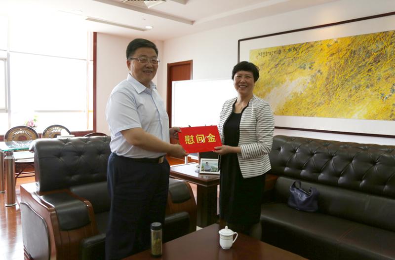 市科协主席许东方一行走访慰问康缘药业优秀科技企业家肖伟董事长